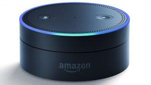 'Echo' es el altavoz inteligente de Amazon, cuyo asistente personal es 'Alexa'.
