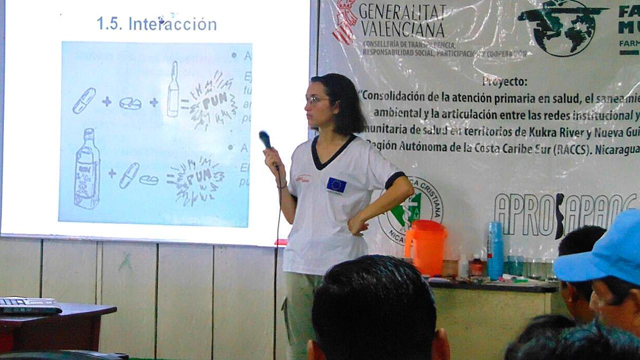 Sesión de formación de Agentes comunitarios de salud responsables de botiquines