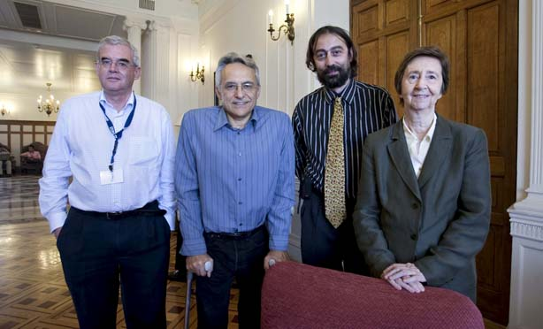Jesús Ávila, Víctor Corces, Adolfo García-Sastre y Margarita Salas .