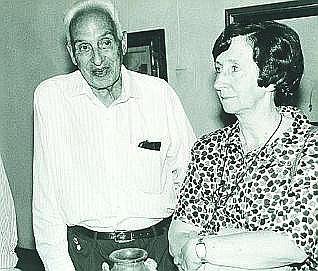 Margarita Salas con Severo Ochoa.
