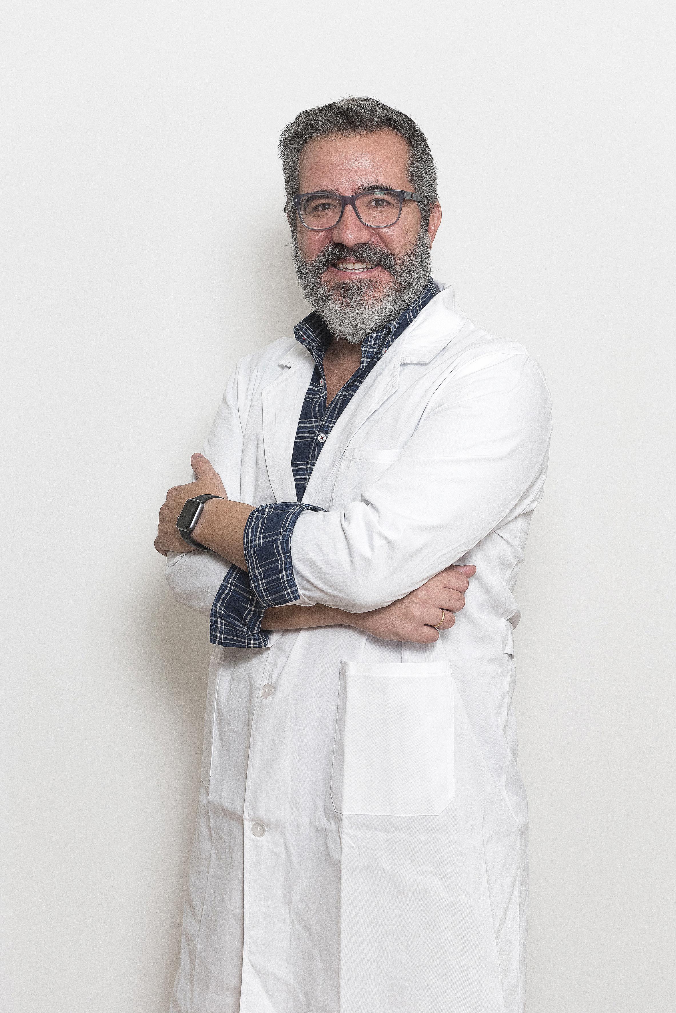 Luis García, farmacéutico comunitario experto en alimentación infantil.